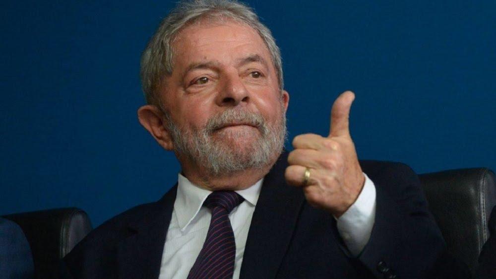 Lula prepara viagem ao Nordeste e mira alianças com MDB e PSB